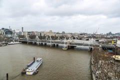 Przegląd Thames rzeka w Londyn, Zjednoczone Królestwo zdjęcie royalty free