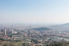 Przegląd zanieczyszczający miasto Barcelona, od Collserola zdjęcie royalty free