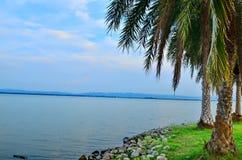 Przegląda krajobraz przy zmierzchu above - rezerwatem wodnym w lopburi Thailand Obraz Royalty Free