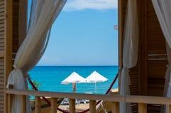 Przegląda morze od okno dom Zdjęcie Royalty Free