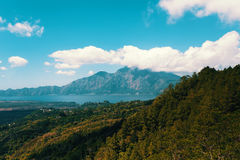 Przegląda wulkan Bali Batur i Agung mountainfrom Kintamani, Bali, Indone Zdjęcie Stock