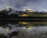 Przegrany jezioro Lenieje obozowisko zdjęcie royalty free