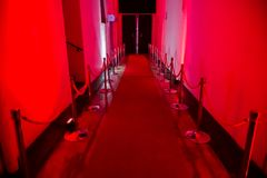 Przejście dla nocy miejsca wydarzenia lub klubu zdjęcie royalty free