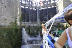 Przejście kędziorek Fonserannes na kanale du Midi Fotografia Stock