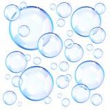 Przejrzyści błękitni mydlani bąble Fotografia Royalty Free