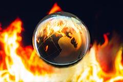 Przejrzysty globalny na ogieniu inside, Globalnego nagrzania konserwatysta c fotografia royalty free