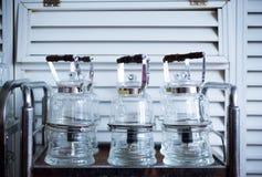 Przejrzysty szklany herbaciany garnek zdjęcie stock