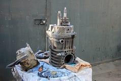 Przekaz naprawa stary niemiecki rocznika samochód dostawczy w Chile Fotografia Royalty Free