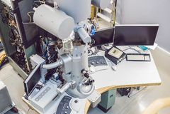 Przekazu elektronu mikroskop w naukowym laboratorium Zdjęcie Stock