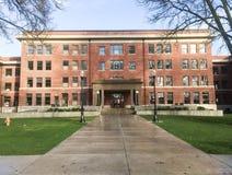 Przemodelowywający pasemka rolnictwo Hall na Oregon stanu kampusie Zdjęcie Stock