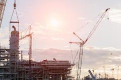 Przemysł Budowlany wieży wiertniczej rafinerii pracujący miejsce Zdjęcie Stock
