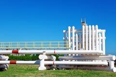 Przemysłowa drymba z gazem i olejem i woda obraz stock