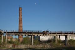 Przemysłowego terenu drymby most żadny ludzie zdjęcie royalty free