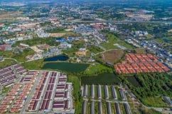 Przemysłowej nieruchomości gruntowy rozwój i obszar zamieszkały Zdjęcie Royalty Free