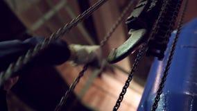 Przemysłowi połączenie łańcuchy dla dźwigników zbiory