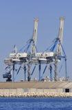 Przemysłowy żuraw przy portem Fotografia Royalty Free