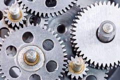 Przemysłowy gearwheels mechanizm porysowany cogwheel zbliżenie Fotografia Stock