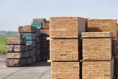 Przemysłowy magazyn drewno zdjęcia stock