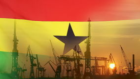 Przemysłowy pojęcie z Ghana flaga przy zmierzchem zbiory