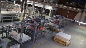 Przemysłowy wnętrze, produkcja ceramiczne płytki, nowożytny fabryczny wnętrze, Elektryczni Automatyzujący Prowadzący pojazdy Estr zbiory