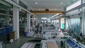 Przemysłowy wnętrze wśrodku wielkiej Chińskiej fabryki Nowożytny roślina widok z lotu ptaka zbiory
