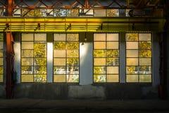 Przemysłowy wnętrze z br światłem Fotografia Stock
