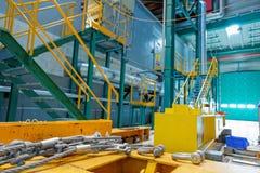 Przemysłowy wnętrze z narzędziami zdjęcia royalty free