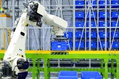 Przemysłu mechaniczny działanie na mądrze logistyki pojęciu zdjęcie royalty free
