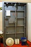 Przemysłowi opancerzeni drzwi dla bunkierów Obrazy Royalty Free