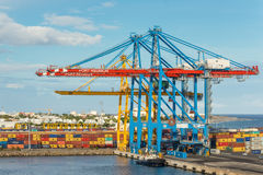 Przemysłowy port z zbiornikami Obraz Stock