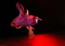 przepływ tancerkę. Zdjęcie Royalty Free