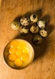 Przepiórek jajka na pucharze Zdjęcie Royalty Free