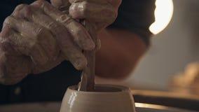 Przerobowi gliniani artykuły i robić naczynia, proces ceramika zbiory