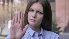 Przerwa gest Dorosłym mężczyzna Zaprzecza i Odrzuca, zdjęcie stock