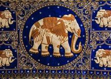 Przerzedżę haftował słonia Zdjęcie Stock