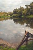 Przerzuca most rzekę Obrazy Royalty Free