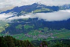 Przesłona chmury nad doliną Obraz Royalty Free