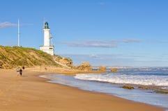 Przespacerowanie na plaży - punkt Lonsdale obrazy stock
