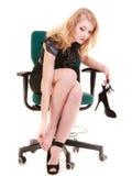 Przestój Zmęczony bizneswoman masuje cieki obrazy stock