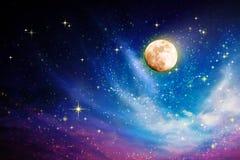 Przestrzeń nocne niebo z księżyc w pełni i gwiazdami Obraz Stock