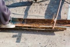 Przetwarzać metal mleć metal rżnięty metal Fotografia Stock