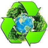 Przetwarza loga z drzewem i ziemią Eco kula ziemska z przetwarza znaki Obrazy Stock