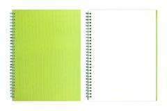 Przetwarza otwartą zieleni książkę obrazy stock
