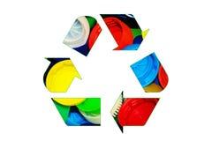 Przetwarza szyldowego loga robić kolorowe jaskrawe butelek nakrętki odizolowywający o obrazy stock