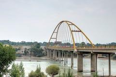 PRZEWDONIK CHINY, Jul, - 22 2014: Żółty rzeczny duży most (Huanghe Zdjęcia Royalty Free