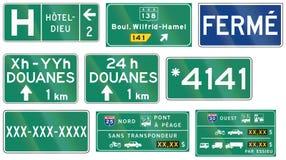 Przewdonik drogowy podpisuje wewnątrz Quebec, Kanada - Fotografia Stock