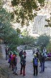 Przewdonik pokazuje gościom Caminito Del Rey ścieżkę, Malaga, Spai Fotografia Stock