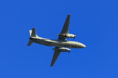 Przewiezione samolotu Antonov An-26 wojskowego przestrzeni siły Rosja Zdjęcie Stock
