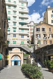 Przez Balbi, Corso Dogali windy w Genova - Obrazy Stock
