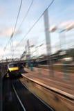 Przyśpieszający pociąg głowę Dalej! obraz royalty free